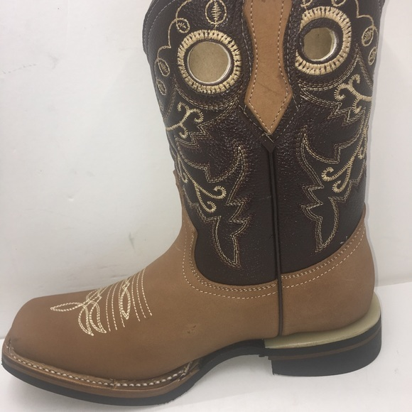 save up to 80% best shoes how to purchase Women's cowgirl boots Square toe Honey Color NWT